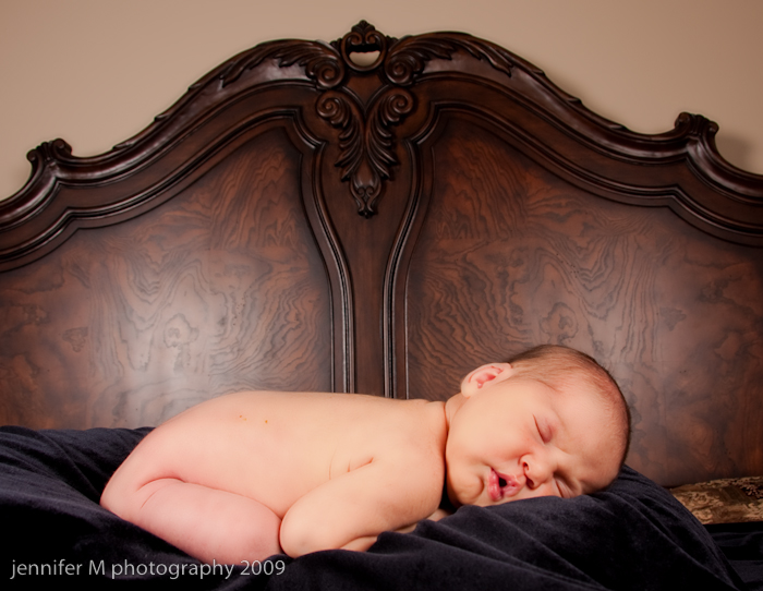 akron newborn photographer